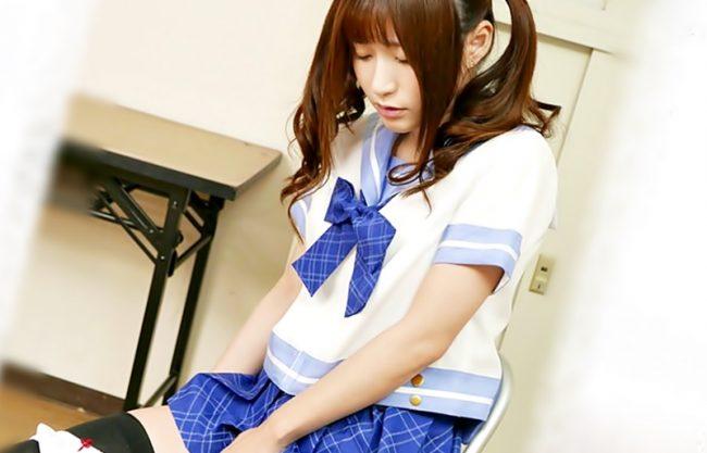 ◆◆天使もえ。。。学園で勉強もしないで手マンコか。。。□□制服悪い子には、オジサンが優しく激しくお仕置きだぜWWWWWWWW