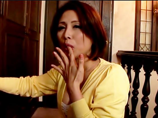 〚はふん。。。。おチ◎ポはやくぅーーーーーーーー〛淫乱叔母さんってエロ杉ーーーー♪俺チ◎コ食べられちまったwwwwwwwwwww