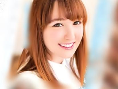 《ヨーロッパ産、極上娘がデビュー(^^♪》透き通るような色白美白娘が日本チ◎コとコスプレファックだぜwwwwwwwwwww