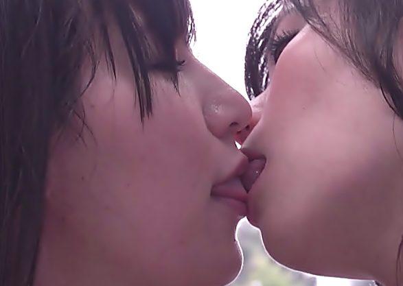 『素人/レズナンパ(^^♪』タチ役お姉さん真木今日子がかわぇぇノンケ娘をレズの虜に調教しちまったwwww