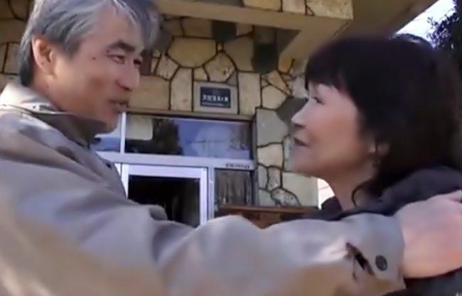 『フルムーン…中出しドラマ(^^♪』熟年ご夫婦の性に密着!二人とも息絶え絶えで絶叫しちまうょんwwwww