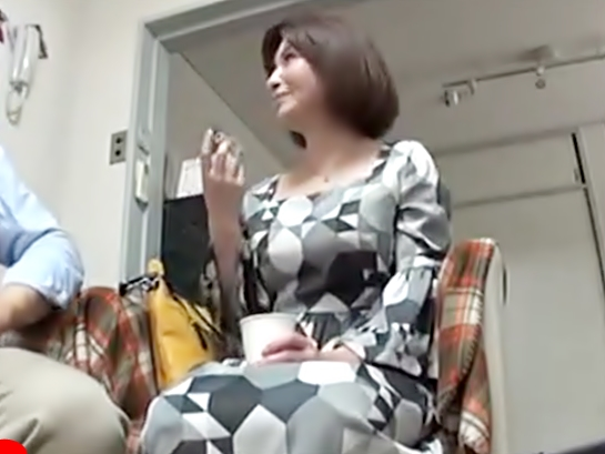 『お色気ムンムン~♡五十路母ちゃん(^^♪』見事な巨オッパイ奥さまが年下チ〇コ?に嵌っちまうぜwwwww
