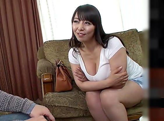 おばさんと…エチしちゃう?『村上涼子(^^♪』】おっぱいがクソデカいママ友人が中出しセクロスを誘ってきたwwwww