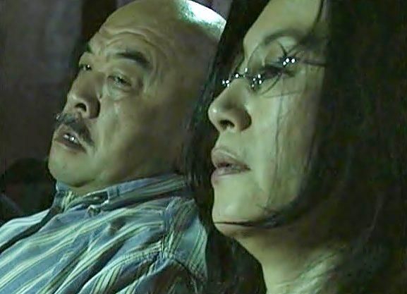 『ヘンリー塚本(^^♪』寝取られドラマ♡とっくに閉経しちまった熟女を鬼畜チ●コが貫いちまうぜwwwwww
