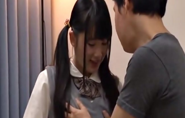 『宮崎あや(^^♪』なに~~~ツインテールの制服小娘がおっさんを誘惑しての裏バイトだって…チ〇コ爆発しそうだぜwwww