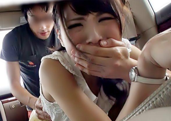 はふん♡すごぃ・・・気持ちぃっぃーーーー『立花はるみ(^^♪』発情しちまったお姉さんの車中で連発アクメって強烈~wwww