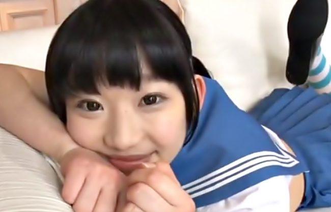 マジ・・・犯罪じゃねえの此の動画!『姫川ゆうな(^^♪』制服ロリっ子のピンクマ○コにおバカデカマラが中出ししちまったwwww