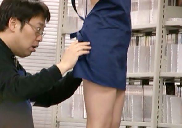 〚麻倉憂♬〛駄目~~~下着付けてないの…!完全挑発モードの可愛い店長がヲタ共を抜き倒しちゃうぜWWWWWWWWWWWWWW