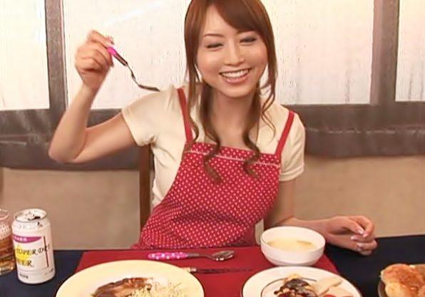 〔吉沢明歩♬〕いっぱい食べたら、、、精液出しちゃおうね!彼女?の四六時中発情モードって最高だぜWWWWWWWWWWWWWWWWWW